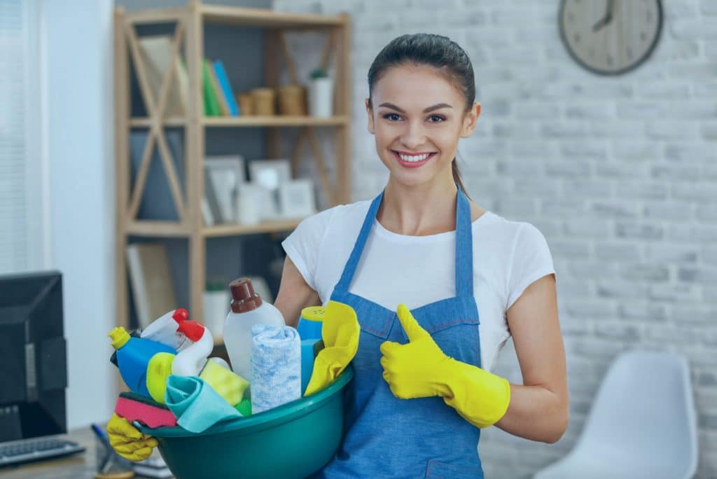 8 Signs Its Time to Consider Hiring House Cleaning Services