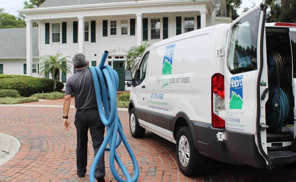 helpro team member cleaning home in Orlando
