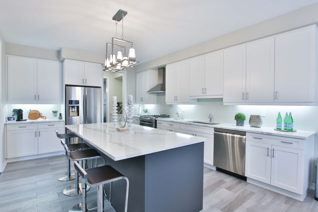A deep cleaned kitchen   Helpro Cleaning Services Orlando, FL